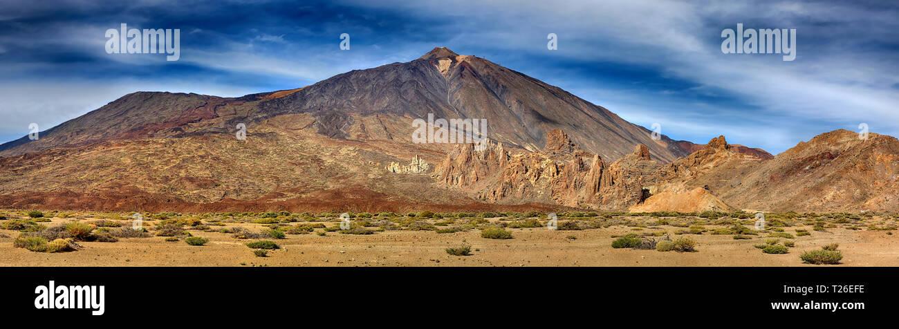 Panorama of volcano Teide with Llano de Ucanca (Tenerife, Canary Islands) - Stock Image