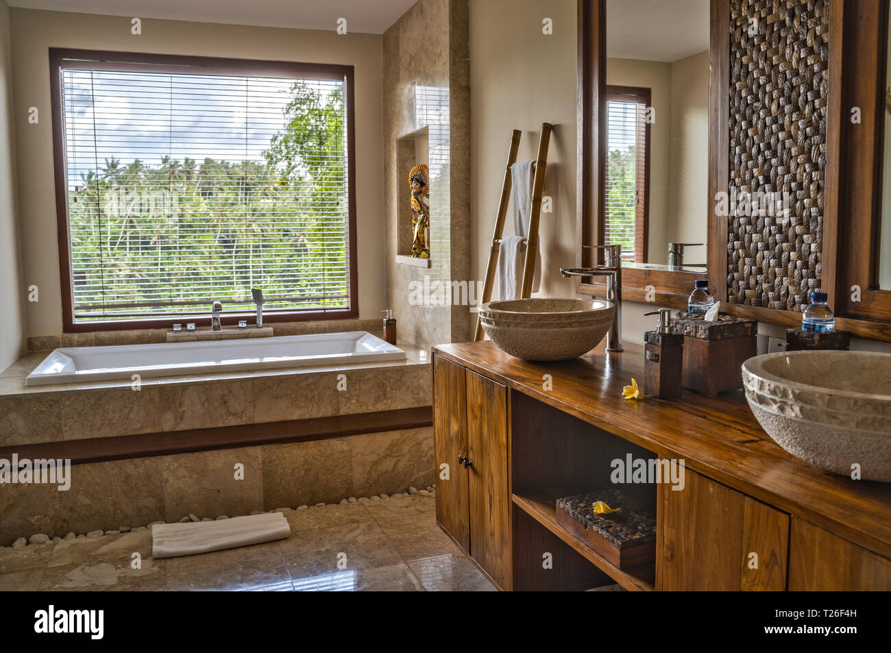 Ubud Bali Indonesia January 2019 Luxury Hotel Bathroom Interior With Elements Of Traditional Balinese Design Stock Photo Alamy