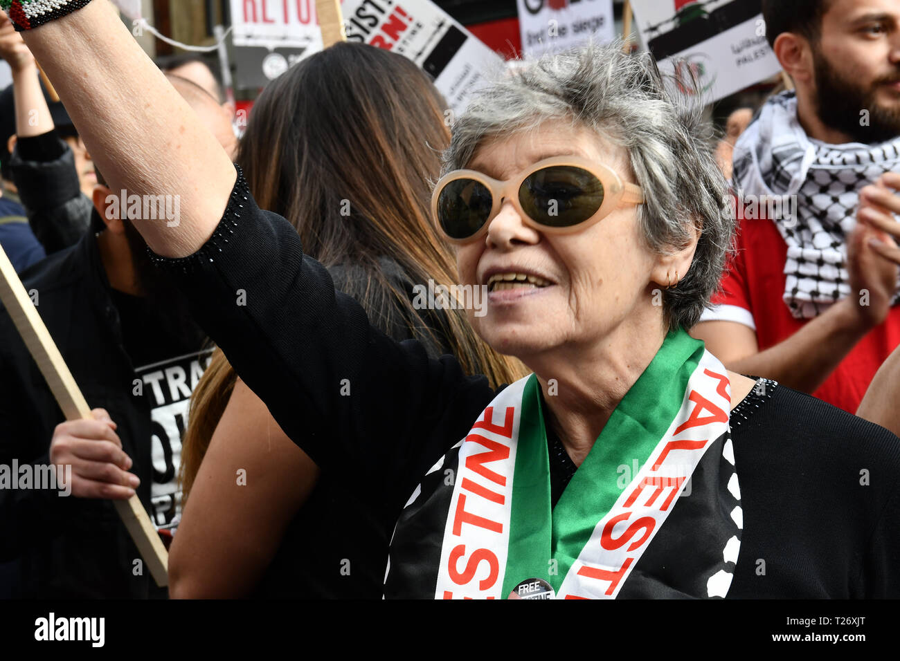 London, UK. 30th March 2019. Hundreds of pro-Palestian Students Rally for Palestine: Exist! Resist! Return! rally demand Stop Arming Israel and Gaze - End the Siege outside Israeli Embassy, Kensington High Street Credit: Picture Capital/Alamy Live News - Stock Image