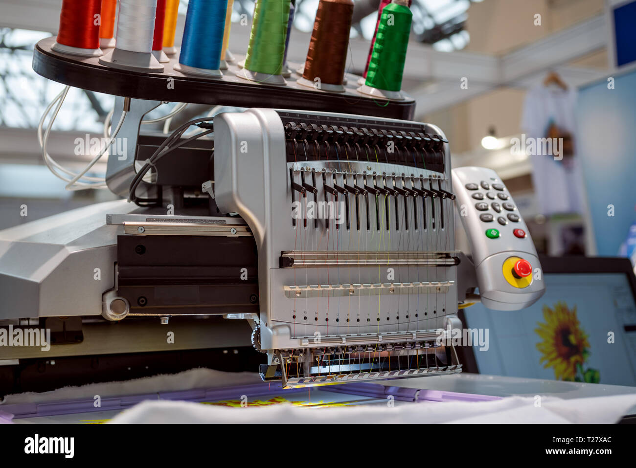 automatic industrial sewing machine for stitch by digital pattern modern textile industry T27XAC