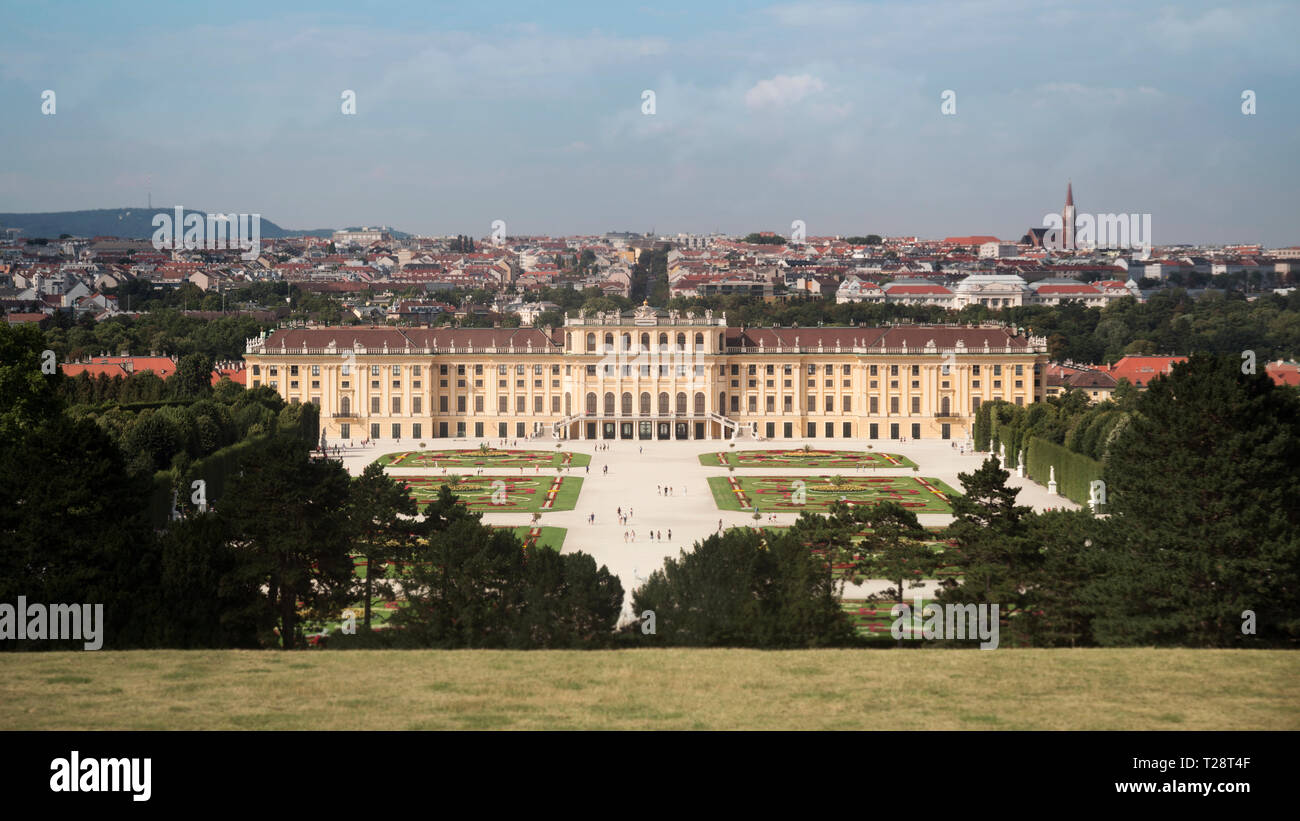 Vienna, Austria - July 06 2018: 'Schonbrunn' palace (Schloss Schonbrunn) and the park with a blue sky and clouds– Stock Editorial Photography - Stock Image
