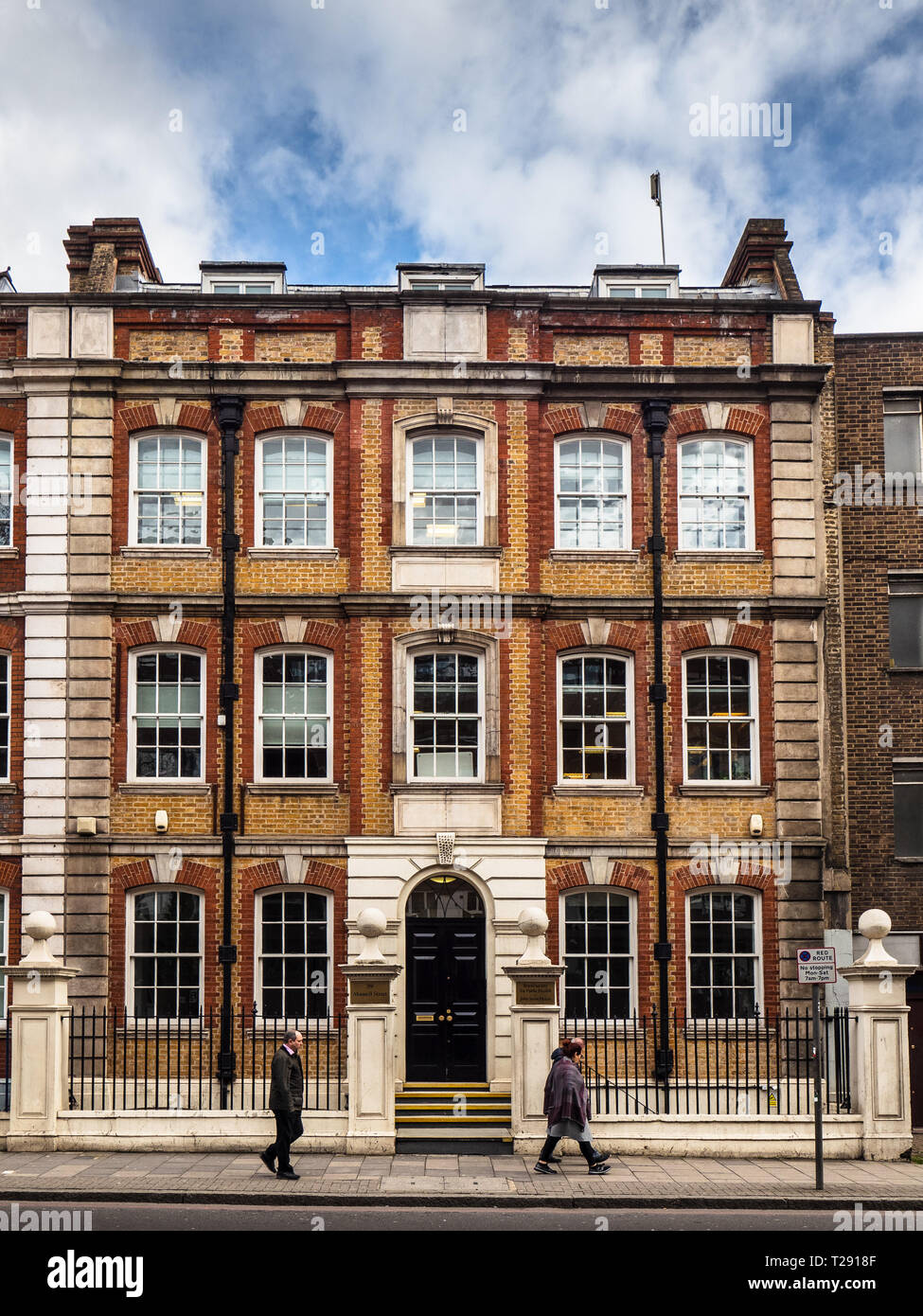 Royal Society for Public Health John Snow House 59 Mansell Street London Stock Photo