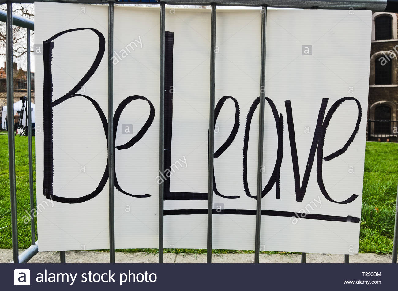 Westminster, London, March 30th, 2019. A day after the UK was to leave the EU, a protest banner with the pun 'Beleave' is left on railing outside the  - Stock Image