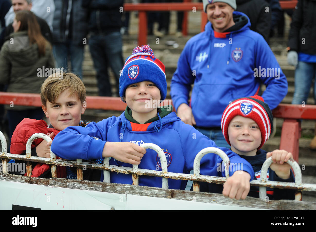 Wakefield, UK. 31 March 2019. Mobile Rocket Stadium, Wakefield, England; Rugby League Betfred Super League, Wakefield Trinity vs Salford Red Devils; Wakefield Trinity supporters. Credit: Dean Williams/Alamy Live News - Stock Image