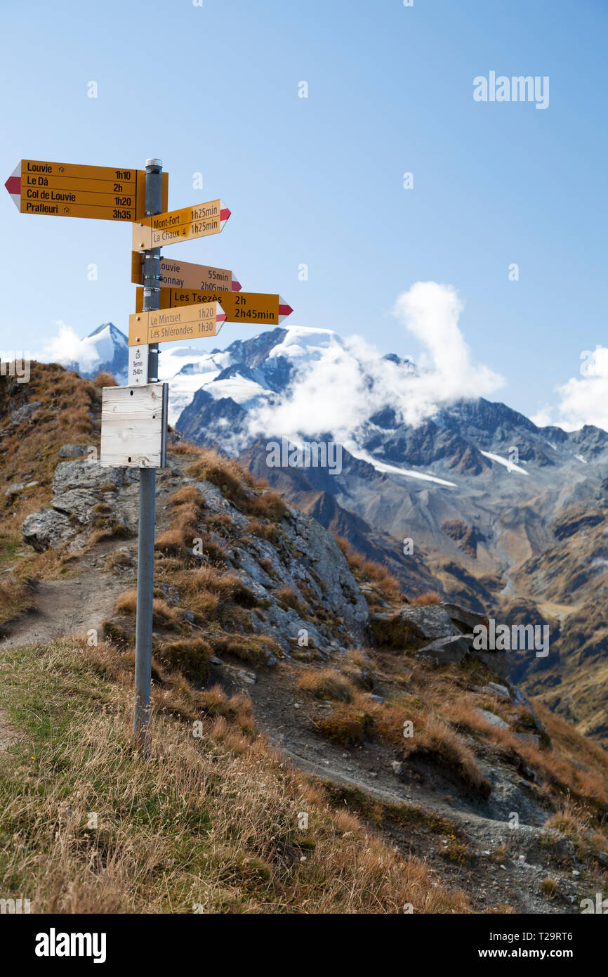 Directions signpost at Col Termin on the Haite Route between Mont-Fort and Prafleuri. - Stock Image