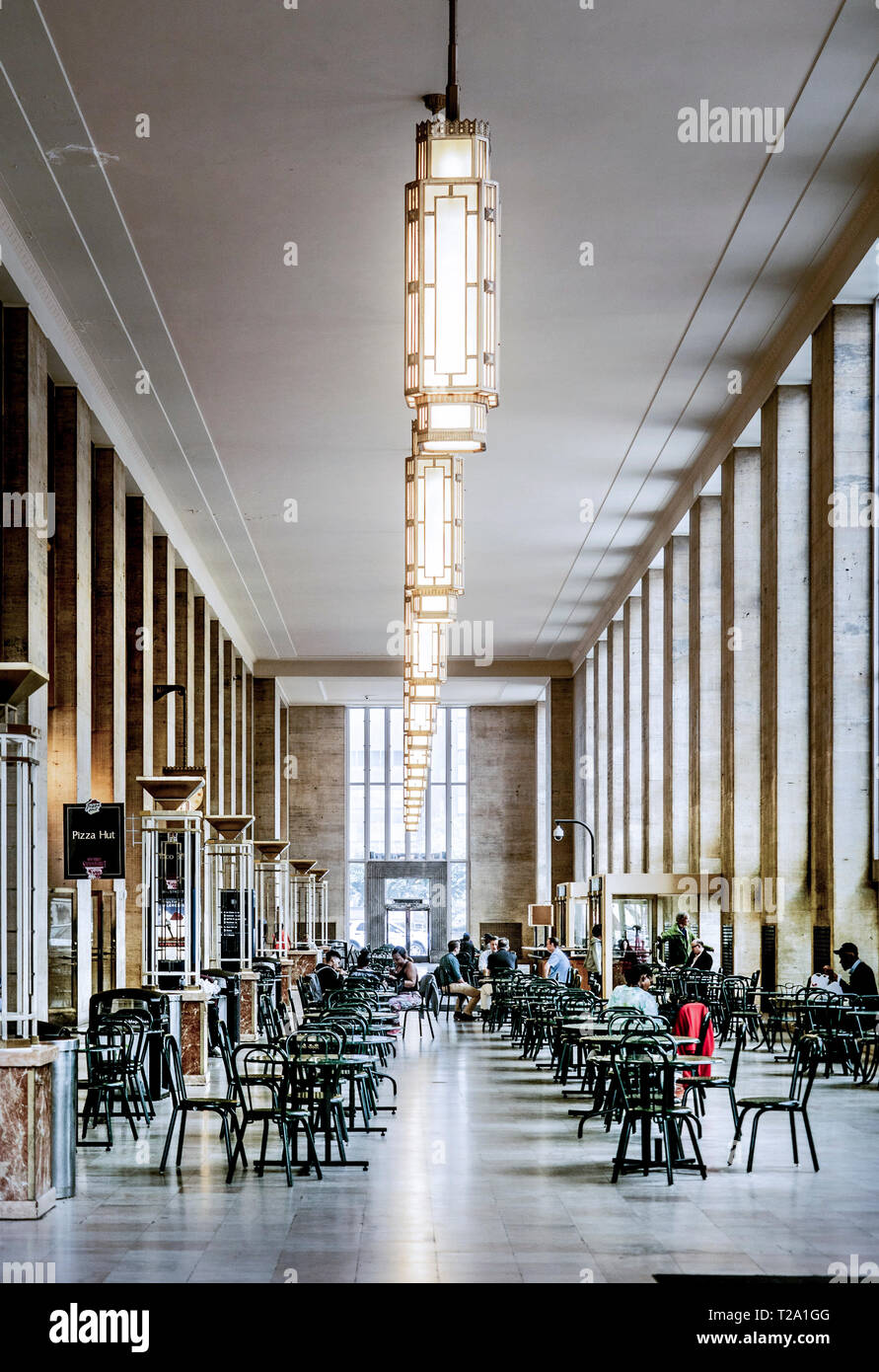 center city Philadelphia, Pennsylvania, eating area, train station, 30th street train station - Stock Image