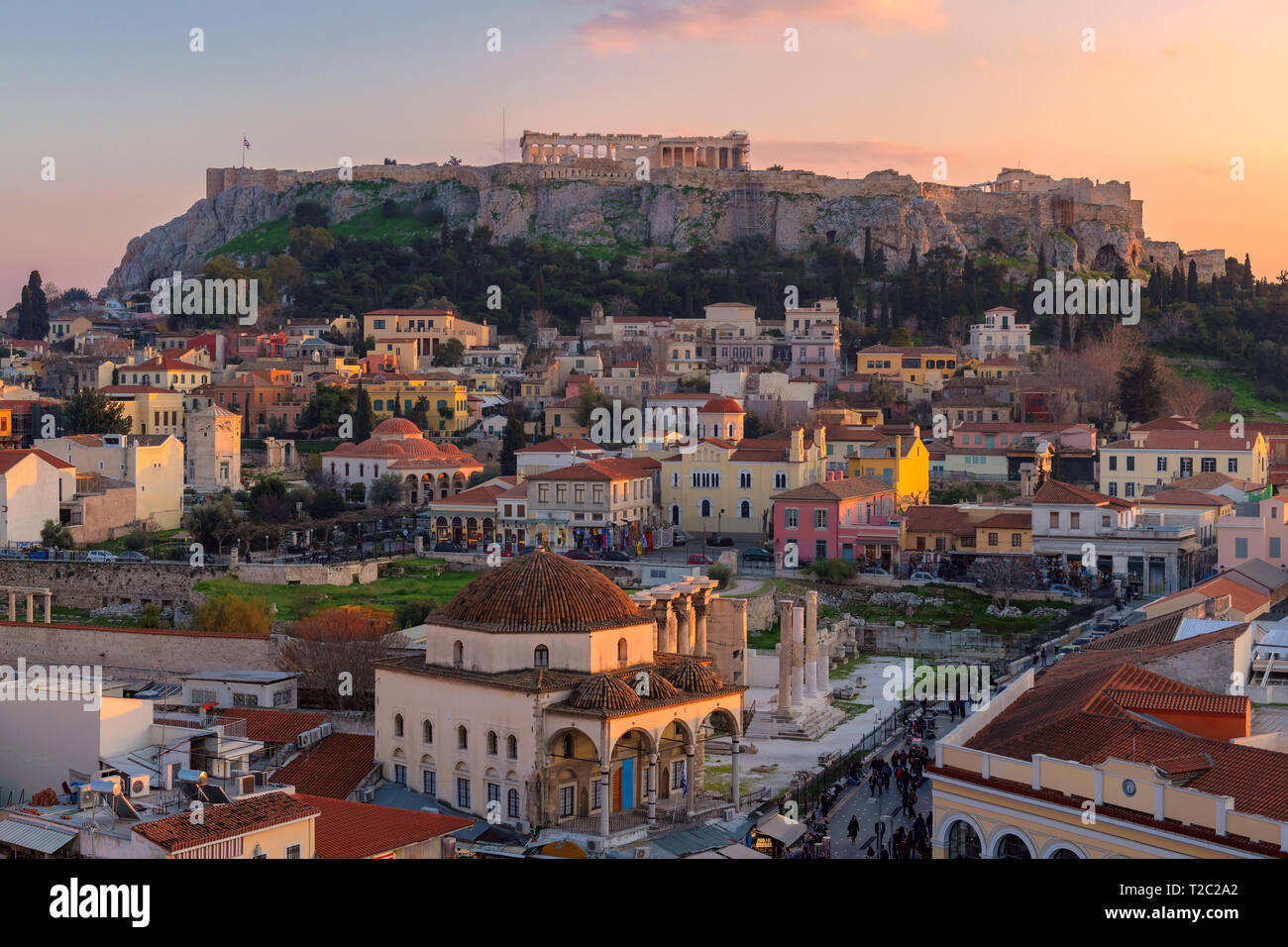 Sunset view of Athens old town and the Acropolis at sunset, Monastiraki Square, Athens, Greece. - Stock Image