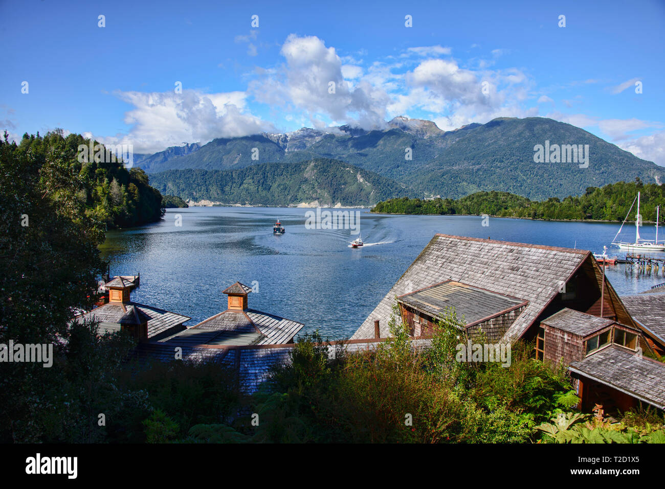 The gorgeous Puyuhuapi Lodge in the Ventisquero Sound, Patagonia, Aysen, Chile - Stock Image