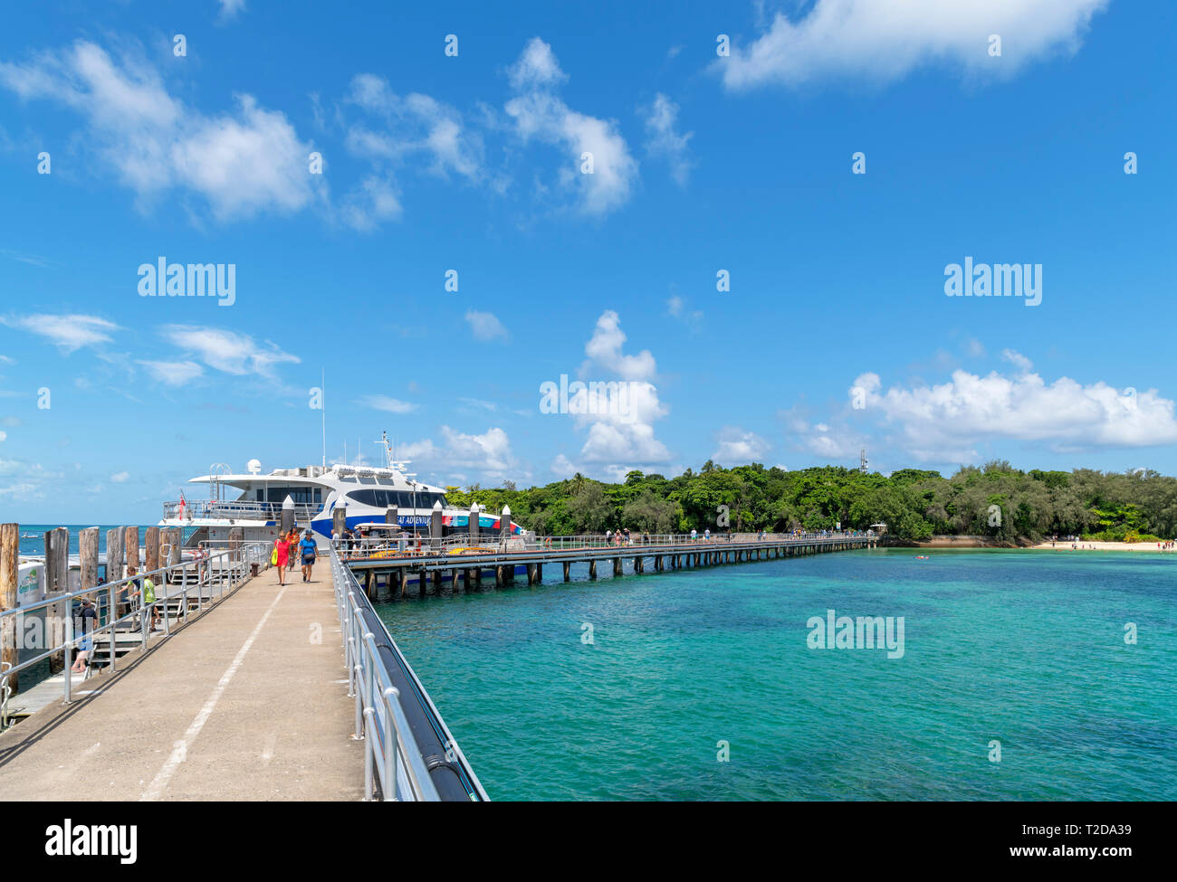 Great Barrier Reef, Australia. Boat jetty on Green Island, a coral cay in the Great Barrier Reef Marine Park, Queensland, Australia Stock Photo