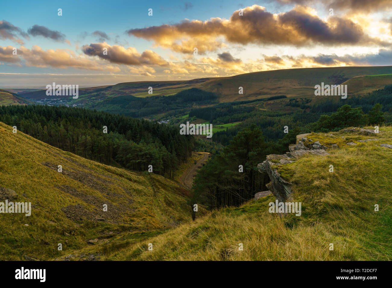 Evening view at the Ogmore Valley, seen from the A4061, Rhondda Cynon Taf, Mid Glamorgan, Wales, UK - Stock Image