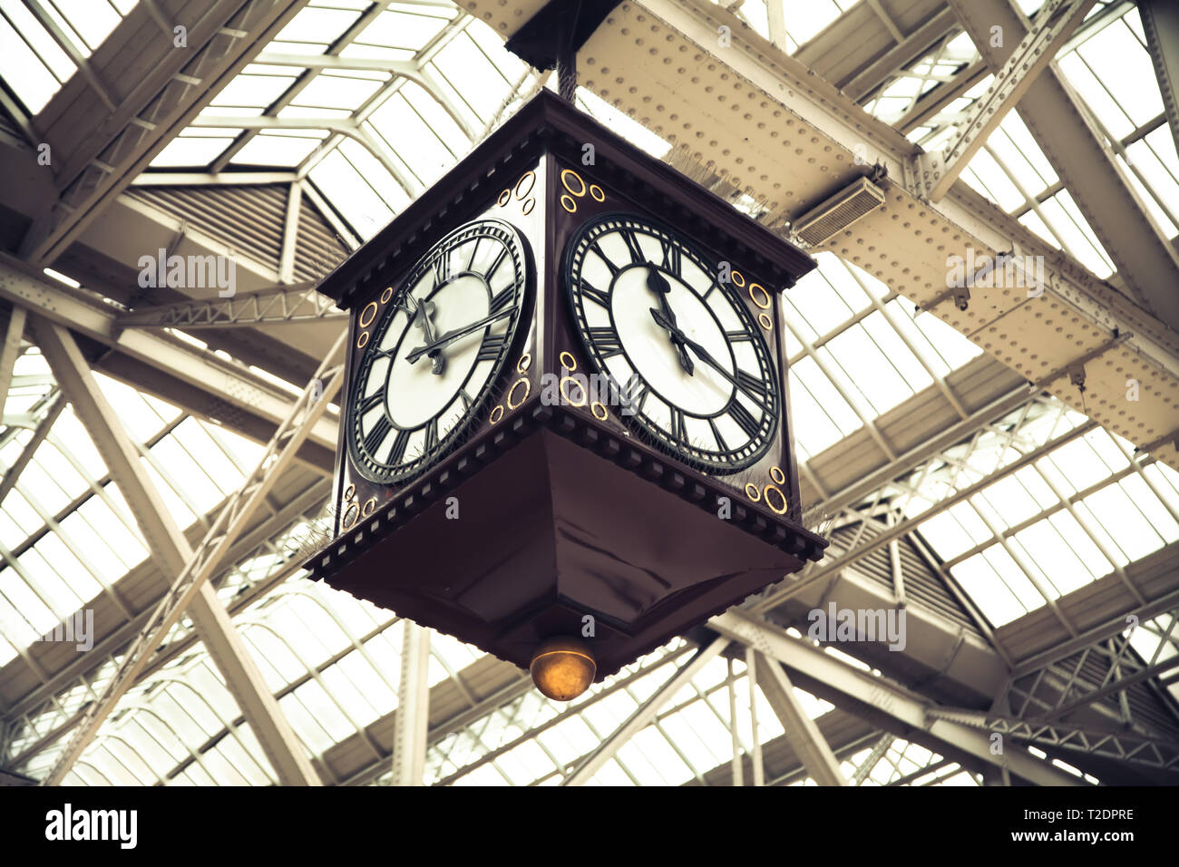 Meeting Point of Glasgow Central Station vintage clock Scotland Stock Photo