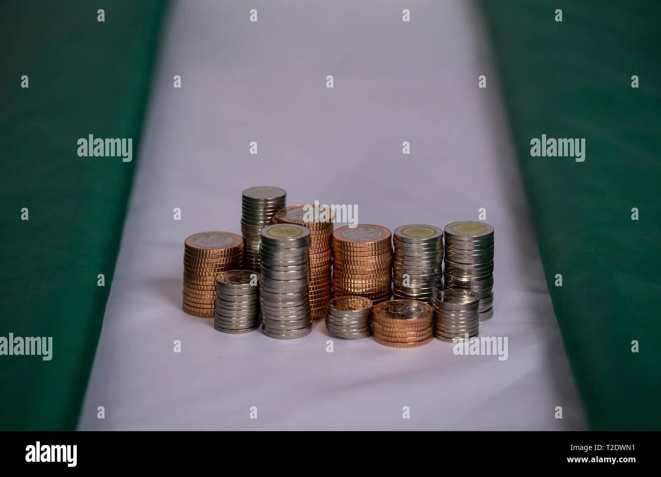 Coin Money Nigeria Naira Stock Photos & Coin Money Nigeria Naira