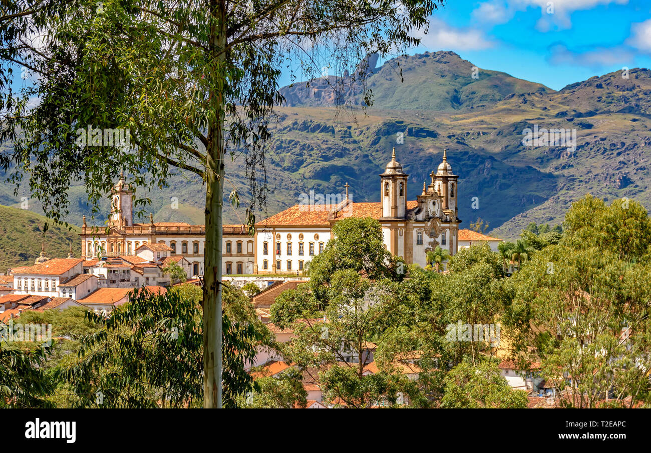 Old catholic church and buildinsgs of the 18th century located in the center of the famous and historical city of Ouro Preto in Minas Gerais - Stock Image