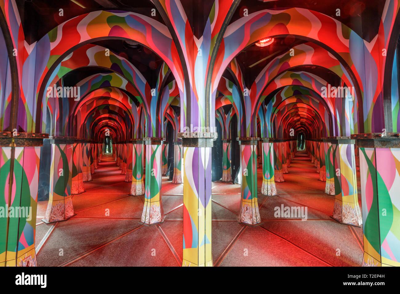 Monterey, California - March 31, 2019: Inside The Monterey Mirror Maze. - Stock Image