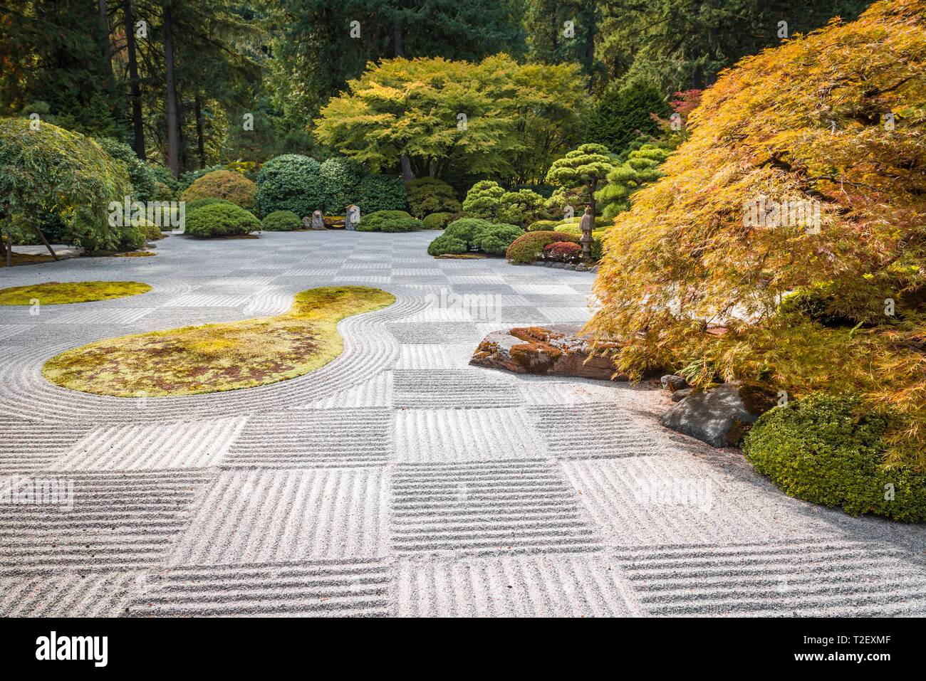 Zen Garden, Japanese Garden With Gravel As A Symbol For Water, Portland,  Oregon, USA
