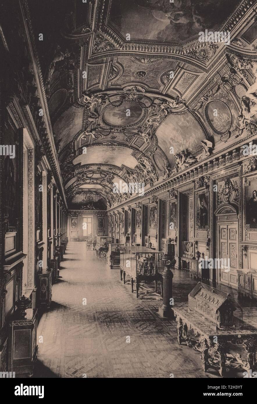 Musée du Louvre Galerie D'Apollon - Stock Image