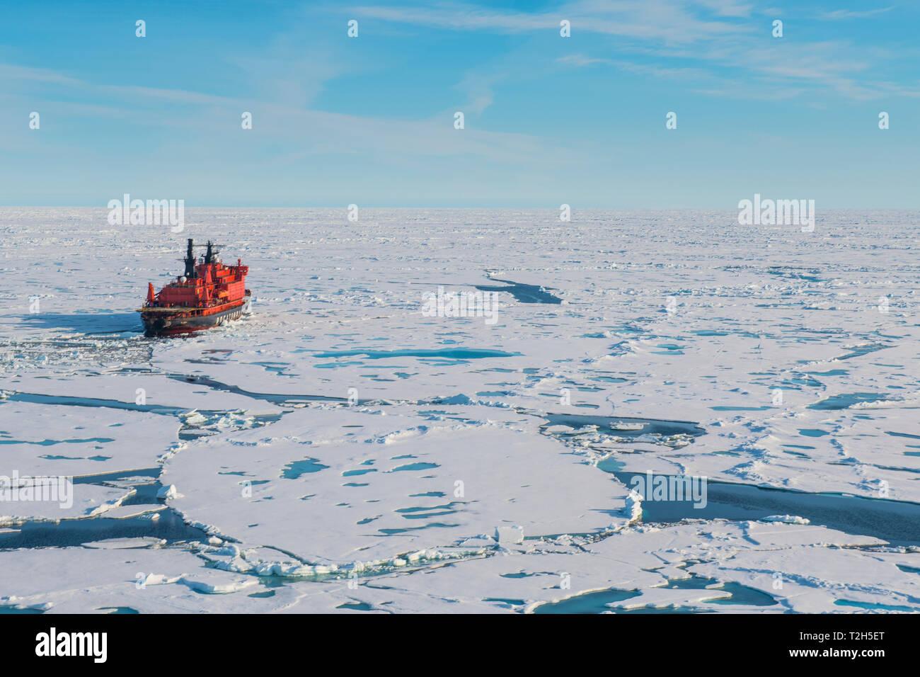 43b33b2ef5 Ice Ice Breaker Stock Photos & Ice Ice Breaker Stock Images - Alamy