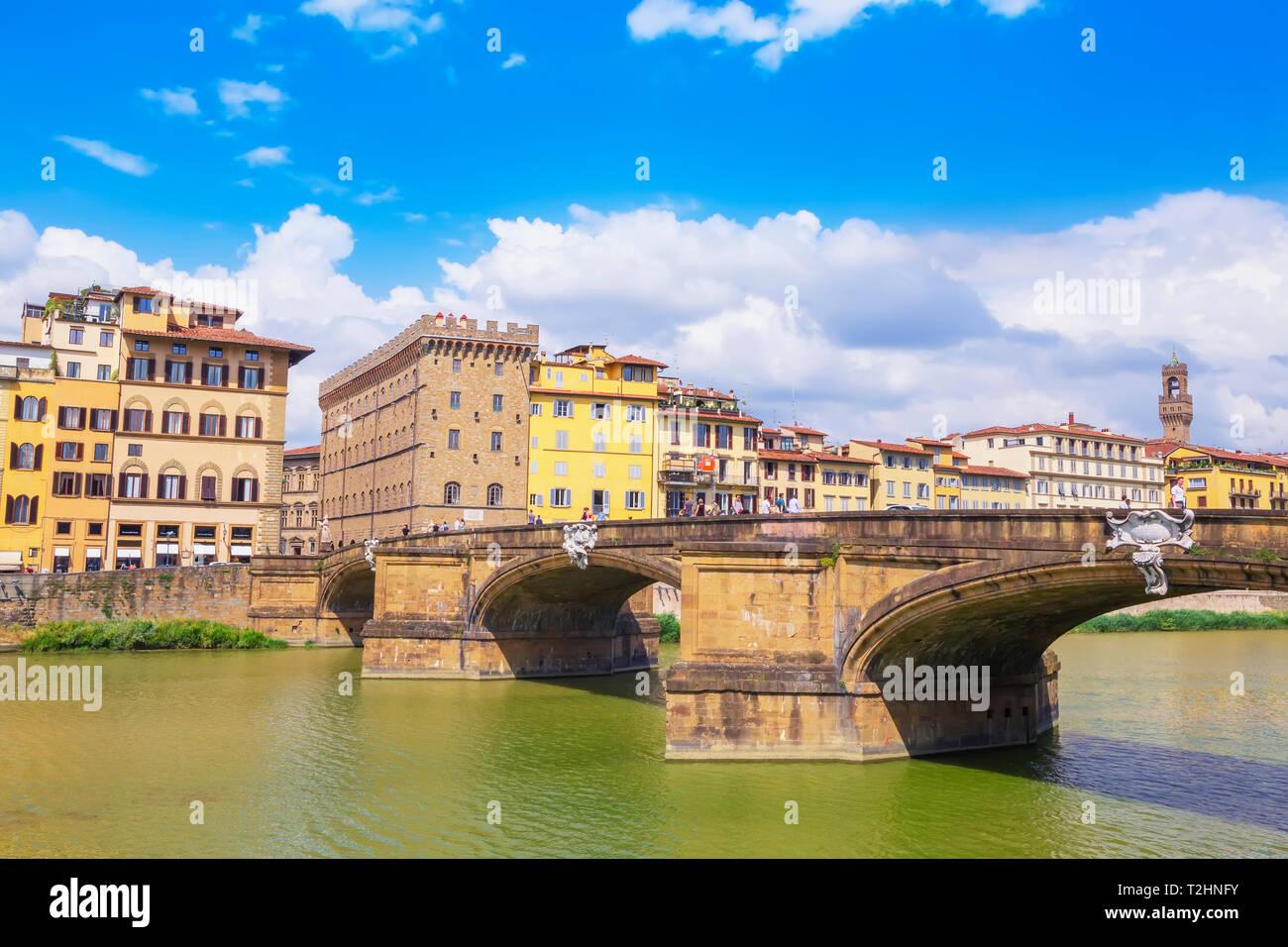 Santa Trinita Bridge spanning the River Arno, Florence, Tuscany, Italy, Europe - Stock Image