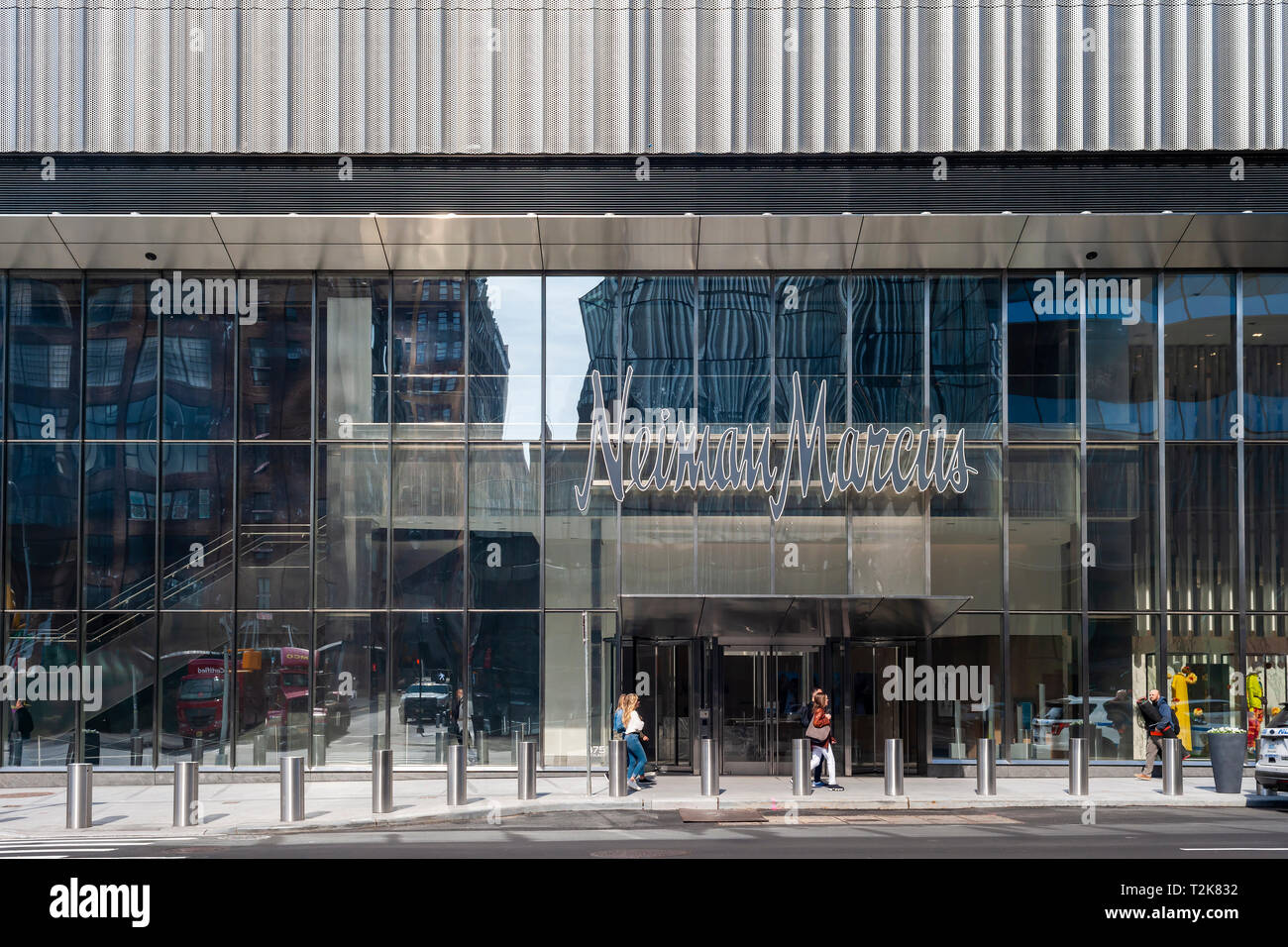 265e084d8 Entrance to the Hudson Yards mall on the West Side of Manhattan on  Saturday
