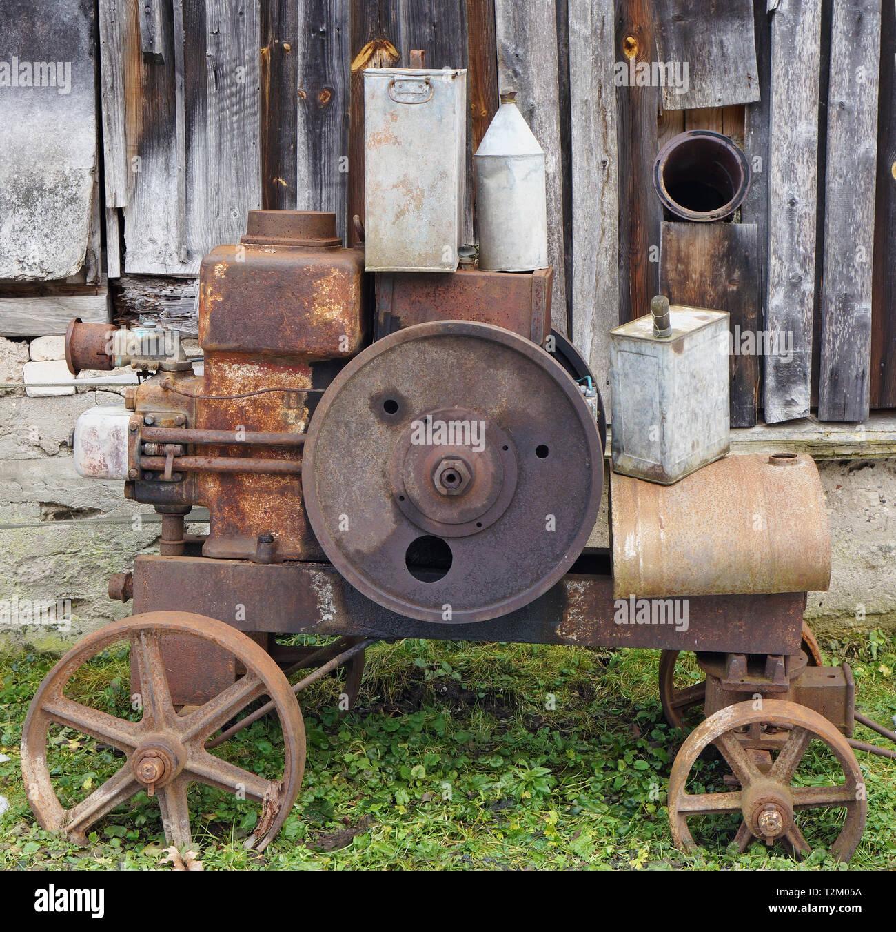 Kerosene Tin Stock Photos Amp Kerosene Tin Stock Images Alamy