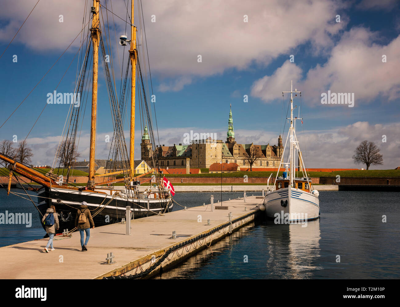 View of Kronborg castle and sail boats in the harbour of Helsingor, Denmark. - Stock Image