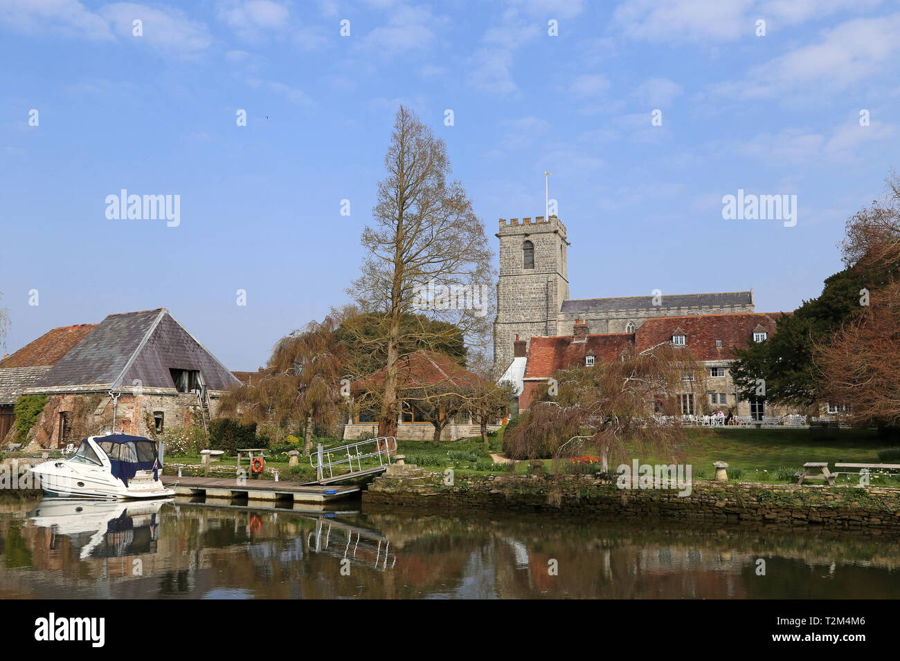Priory Hotel with Priory Church of Lady St Mary behind, Wareham, Isle of Purbeck, Dorset, England, Great Britain, United Kingdom, UK, Europe - Stock Image