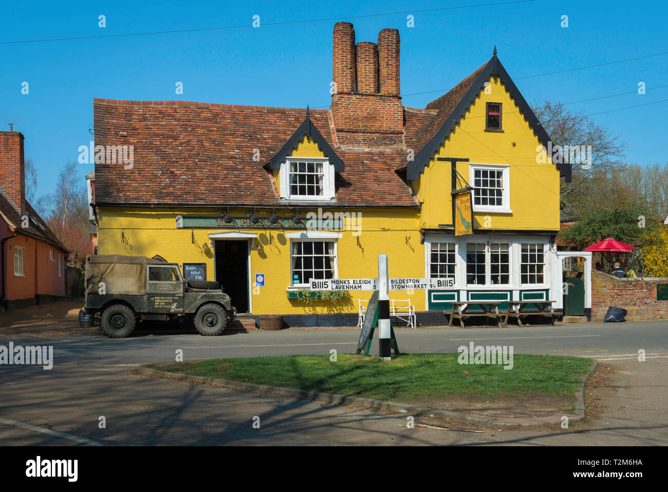 Country pub, The Peacock Inn public house sited in The Street in the centre of the Suffolk village of Chelsworth, Babergh District, Suffolk, UK - Stock Image
