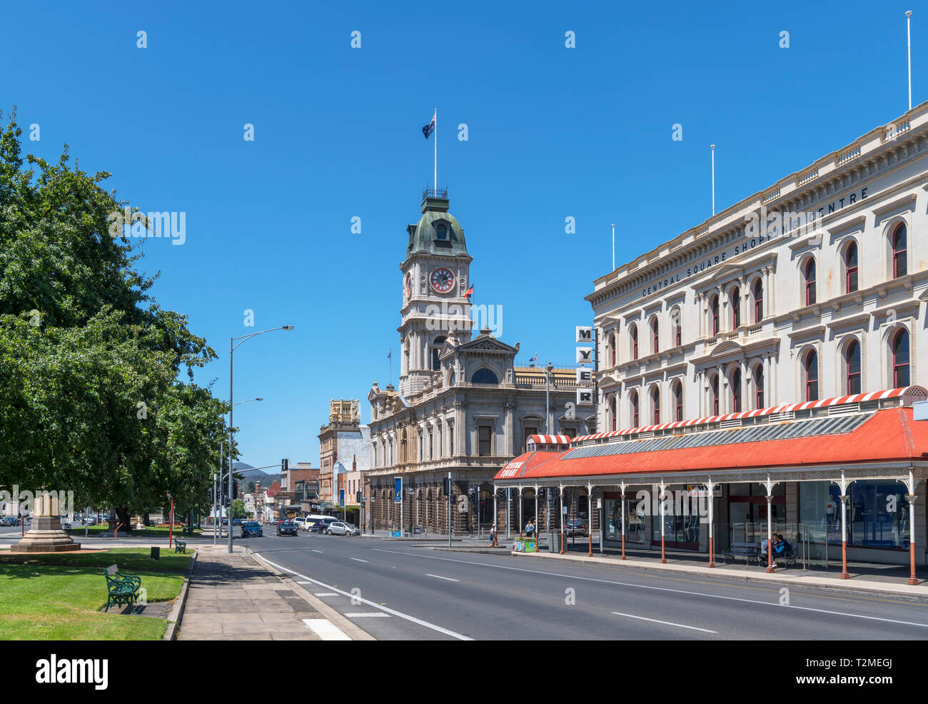 Town Hall and other historic buildings on Sturt Street, the main street in the old gold mining town of Ballarat, Victoria, Australia - Stock Image