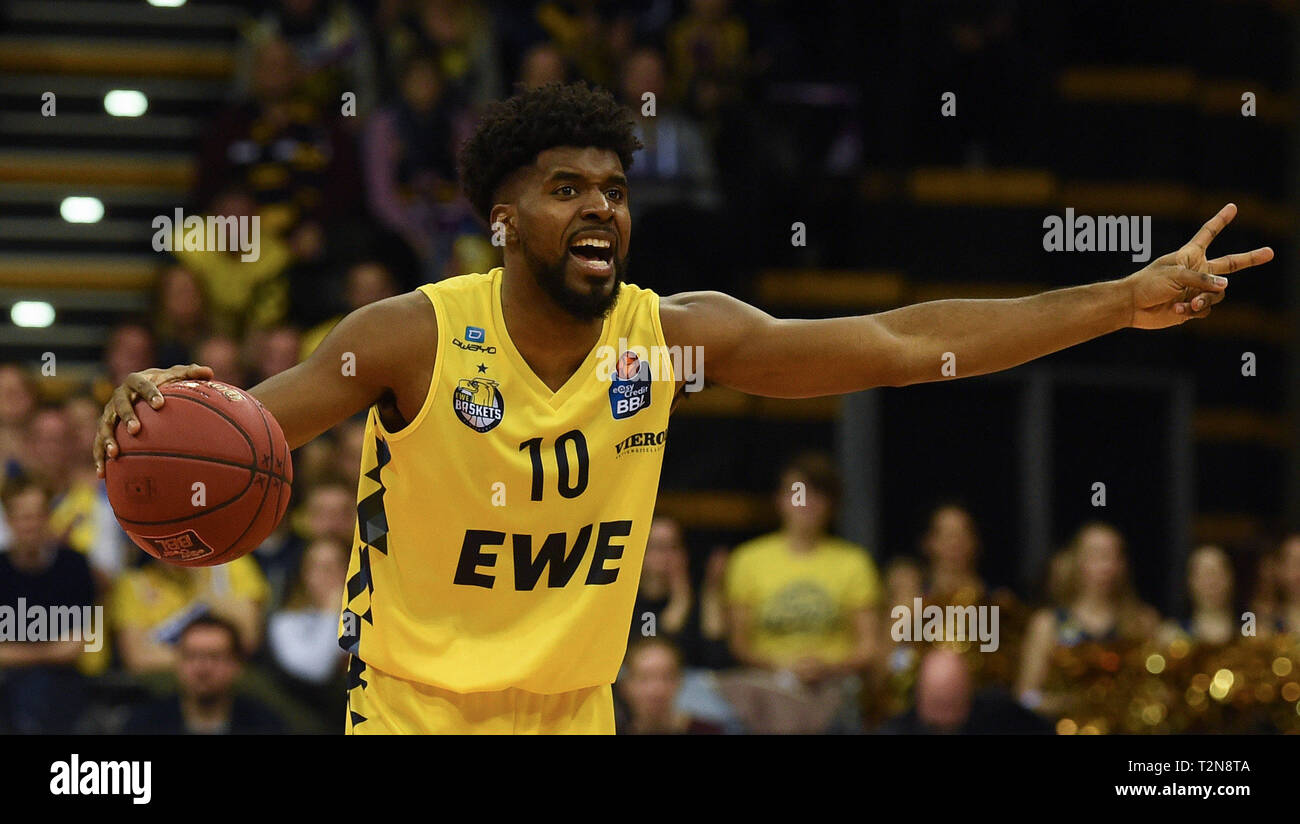 Oldenburg, Germany. 03rd Apr, 2019. Basketball: Bundesliga, EWE Baskets Oldenburg - Telekom Baskets Bonn, main round, 25th matchday. Oldenburgs Frantz Massenat gestures during the game. Credit: Carmen Jaspersen/dpa/Alamy Live News - Stock Image