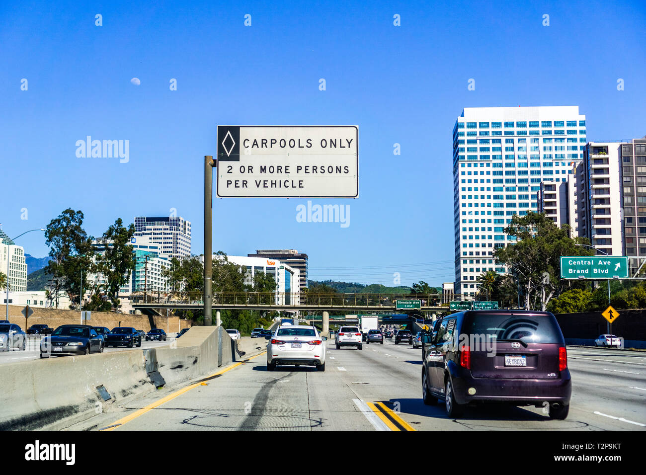 March 16 2019 Pasadena Ca Usa Driving Through Downtown