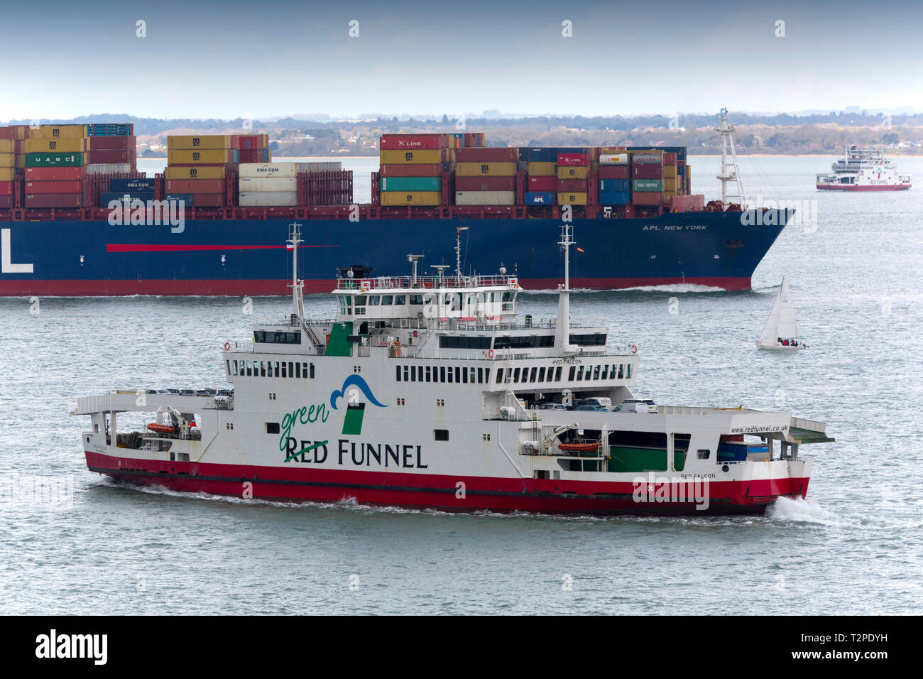Red Funnel,Car,Ferry,ferries,Red Falcon,yacht,APL,New York,Container