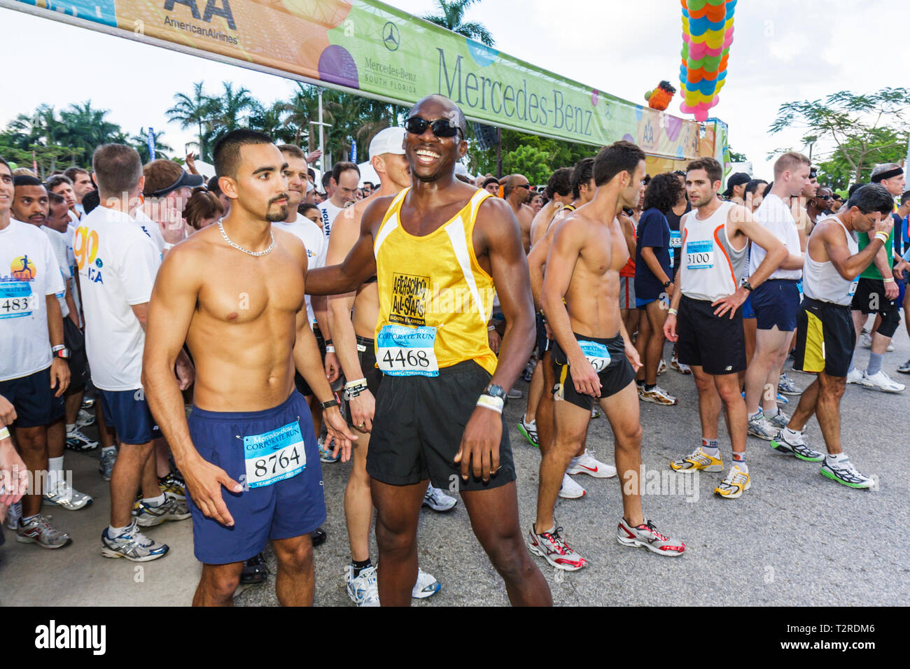 Miami Florida Bayfront Park Mercedes-Benz Miami Corporate Run race community charity event runners coworkers co-workers starting - Stock Image