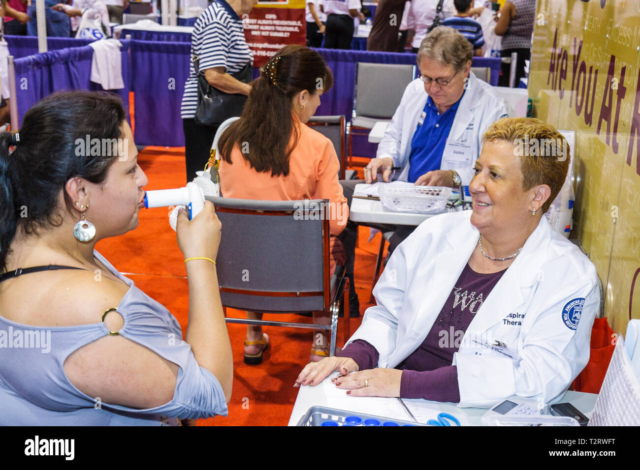 Miami Beach Miami Florida Beach Convention Center centre Health & and Fitness Expo free screening testing exhibit exhibitor Hisp - Stock Image