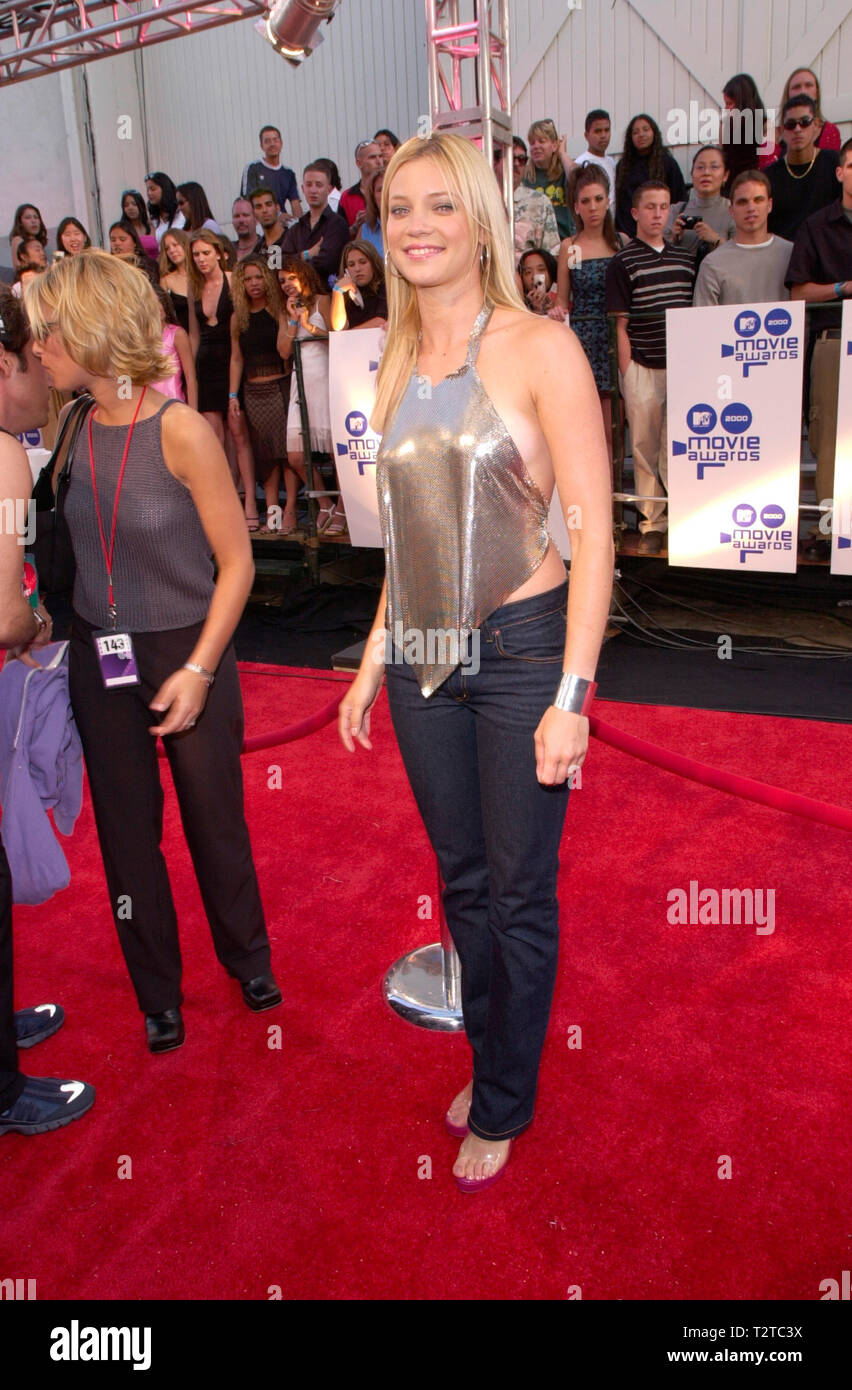 LOS ANGELES, CA. June 03, 2000: Actress AMY SMART at the MTV Movie ...