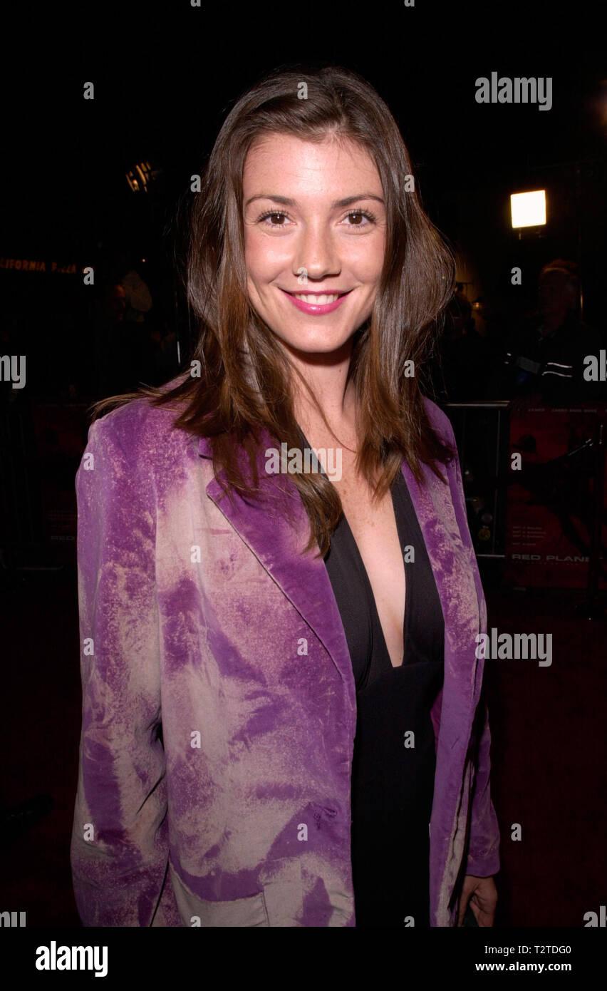 Los Angeles Ca November 06 2000 Actress Zoe Mclellan At