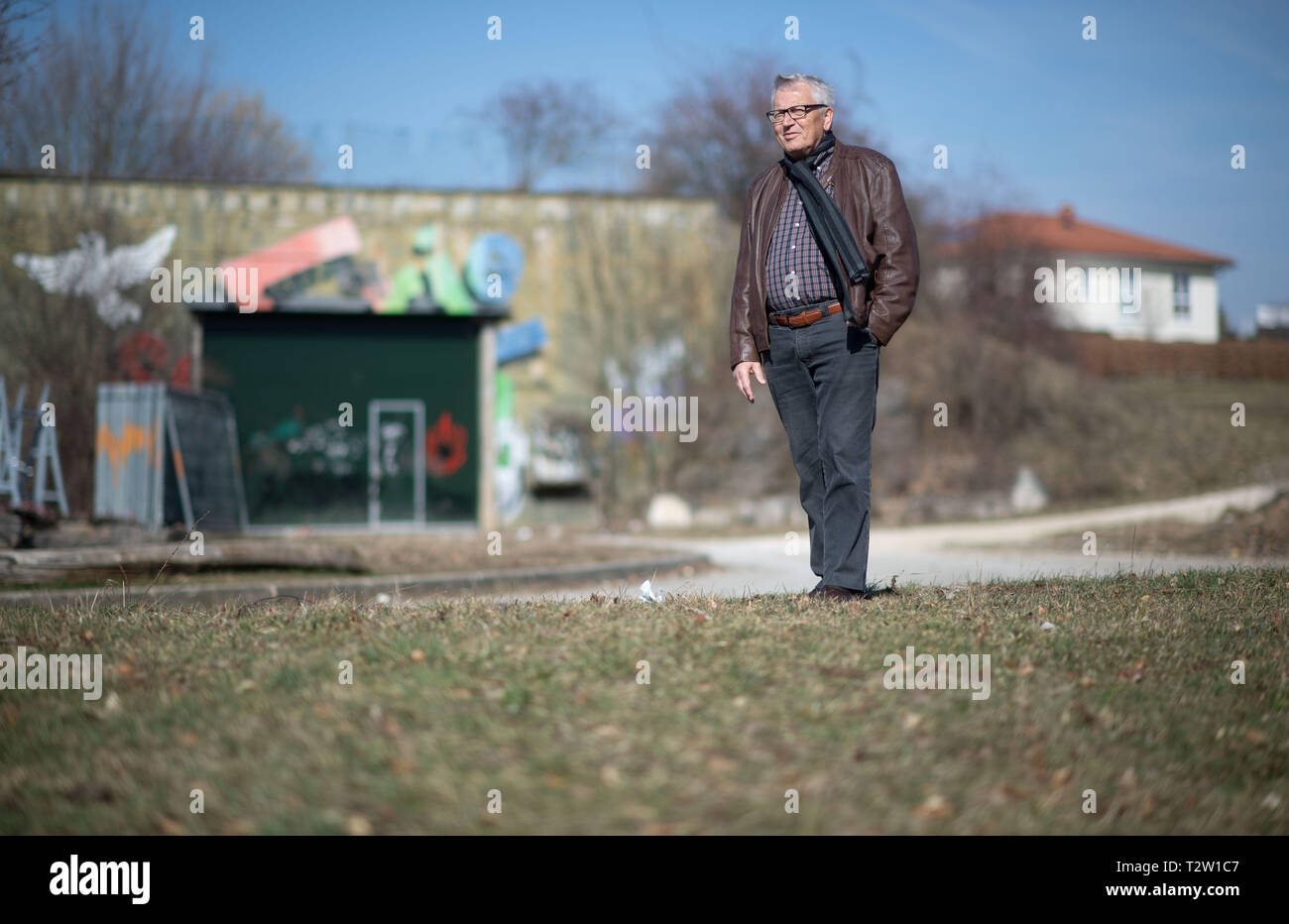 Mutlangen, Germany. 28th Feb, 2019. Peter Seyfried, former mayor of Mutlangen, stands at the edge of the residential area Mutlanger Heide in front of a bunker. Before being converted into a residential area, the site served as a missile base on which US medium-range nuclear missiles of the Pershing II type were stationed. (to dpa: 'No, no, Njet' - The Eastern Alb sends peace signals again) Credit: Marijan Murat/dpa/Alamy Live News - Stock Image