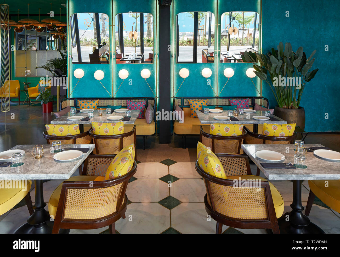 Page 2 Dining Out Dubai High Resolution Stock Photography And Images Alamy