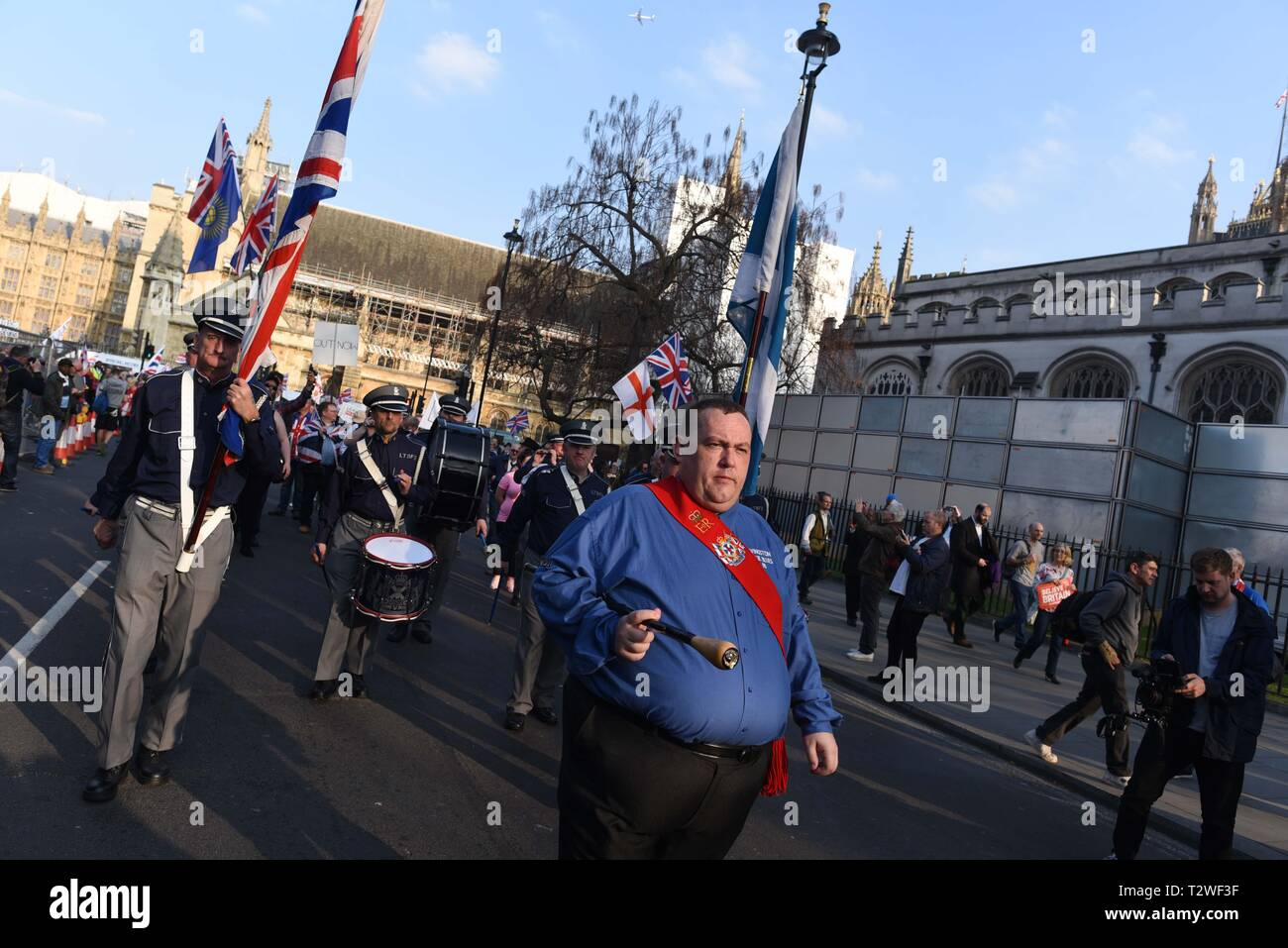 """*** FRANCE OUT / NO SALES TO FRENCH MEDIA *** March 29, 2019 - London, United Kingdom: Thousands of Brexit supporters rally outside the British parliament to protest against """"Brexit betrayal"""" on the day the UK was originally due to leave the European Union. Stock Photo"""
