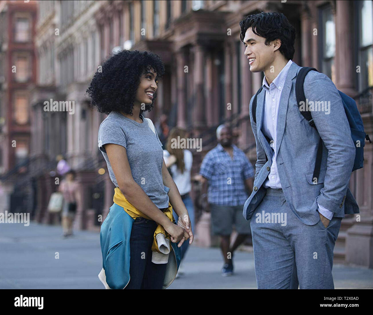 THE SUN IS ALSO A STAR  2019 MGM/Warner Bros film with  Yara Shahidi and Charles Melton - Stock Image