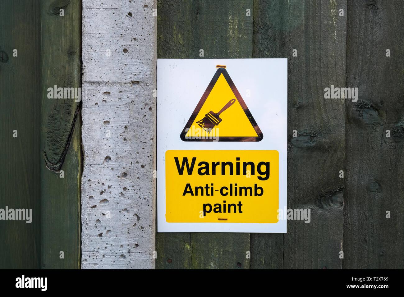 Anti Climb Stock Photos & Anti Climb Stock Images - Alamy
