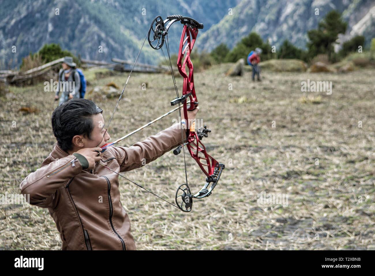 Archery in the village of Woche, Gasa District, Snowman Trek, Bhutan Stock Photo