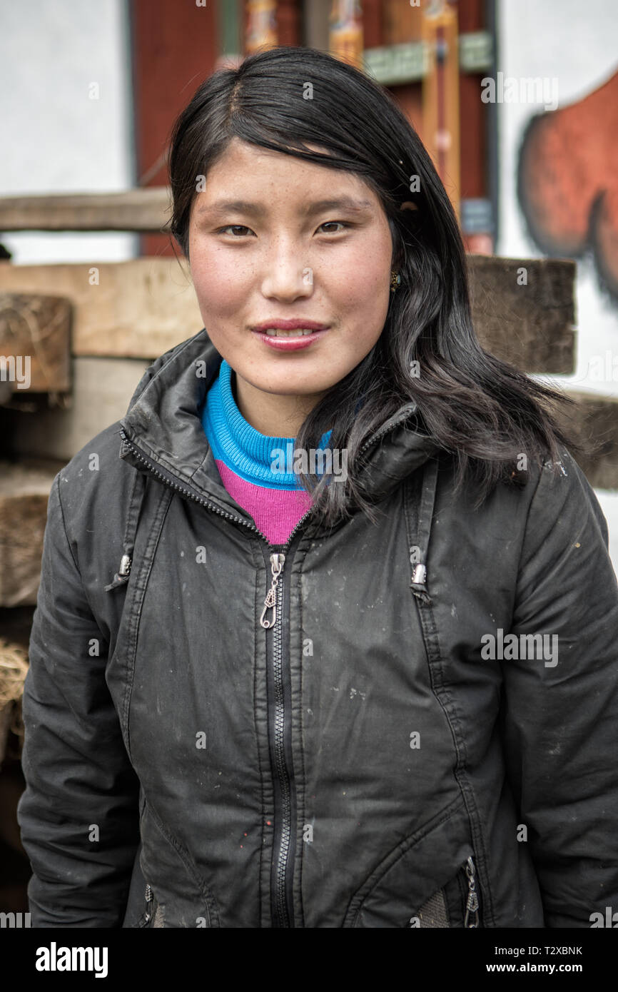 Portrait of a young woman in the village of Woche, Gasa District, Snowman Trek, Bhutan Stock Photo