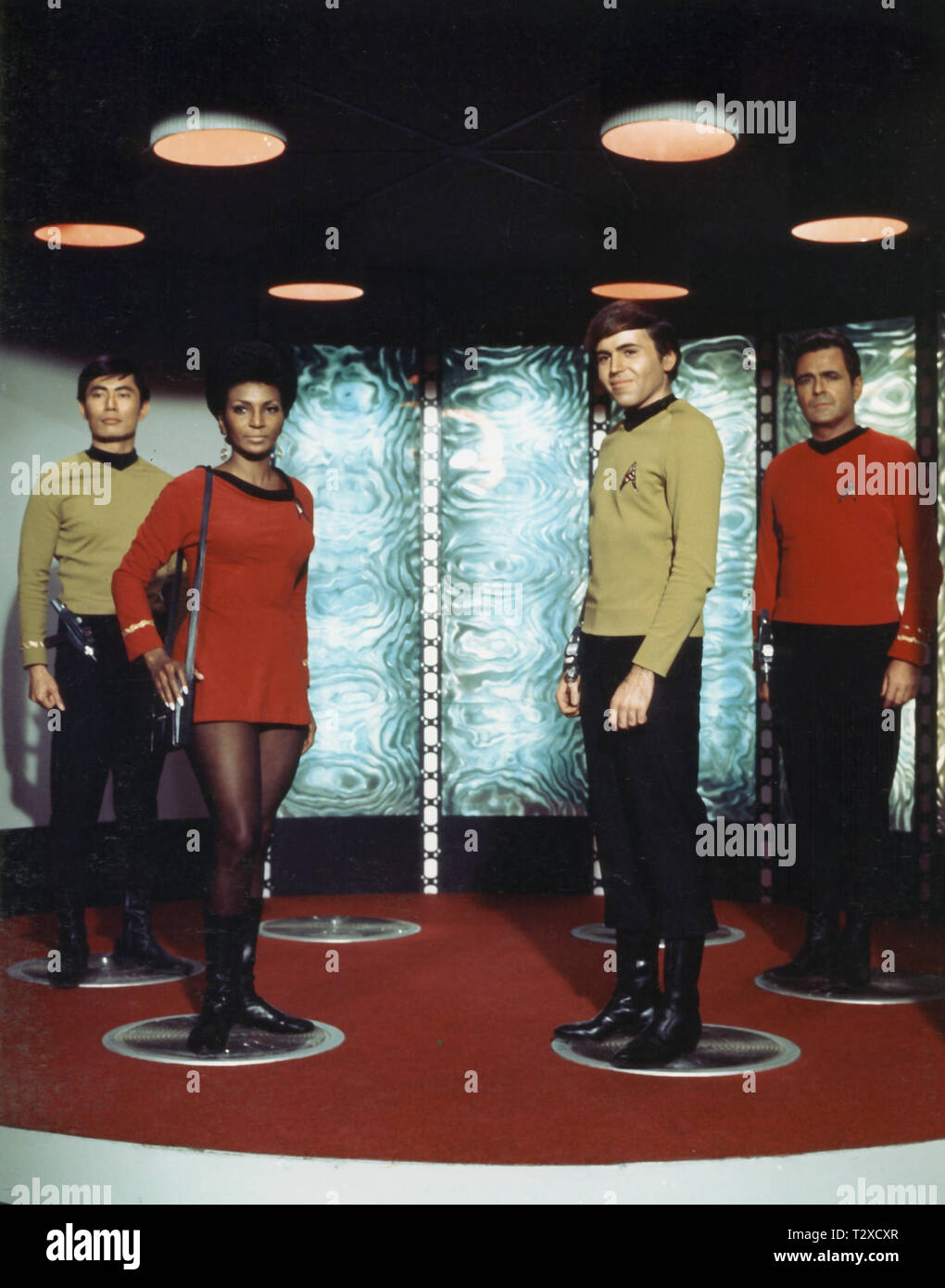 GEORGE TAKEI, NICHELLE NICHOLS, WALTER KOENIG, JAMES DOOHAN, STAR TREK, 1966 - Stock Image