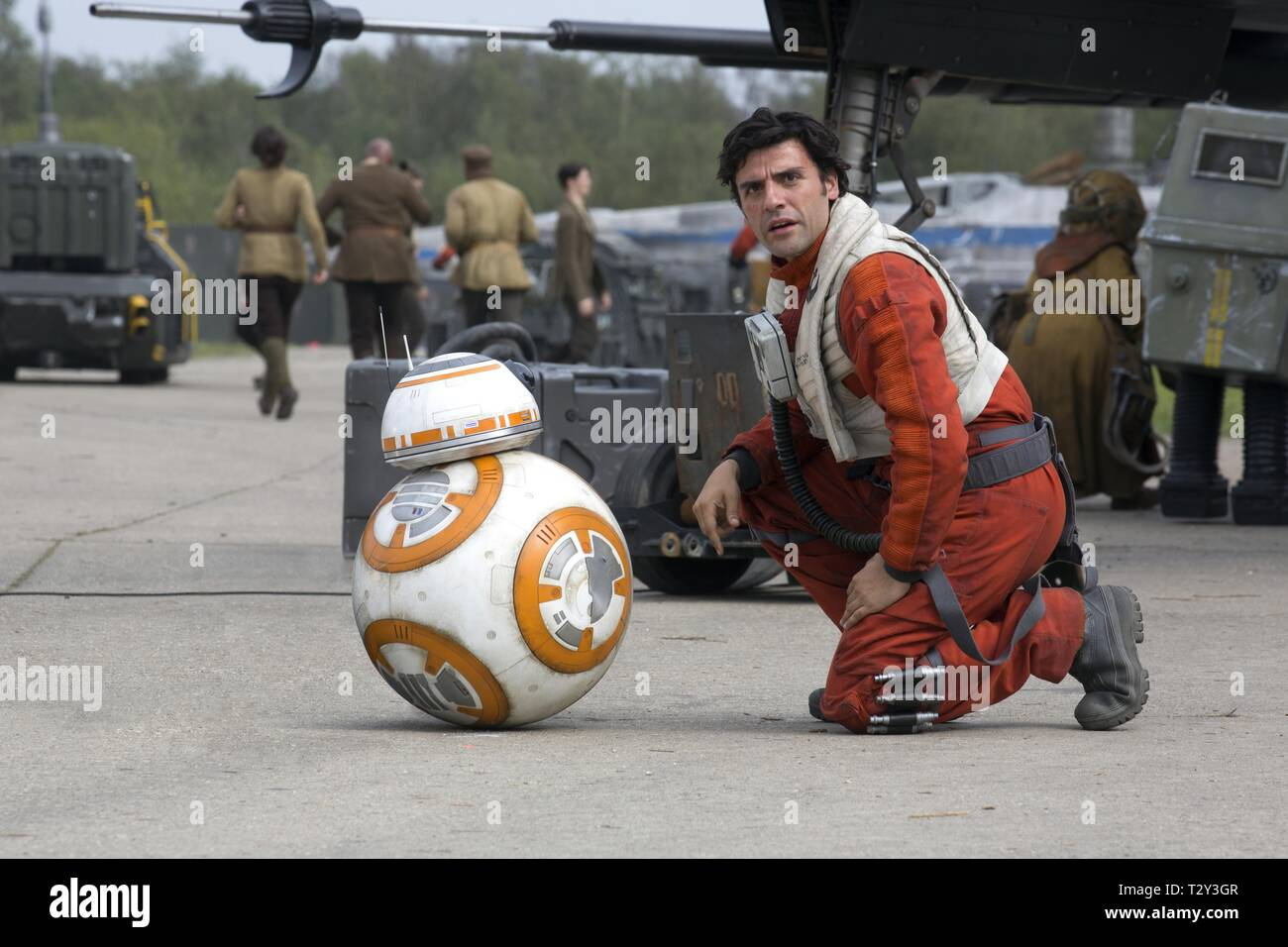 BB-8 DROID, OSCAR ISAAC, STAR WARS: EPISODE VII - THE FORCE AWAKENS, 2015 - Stock Image