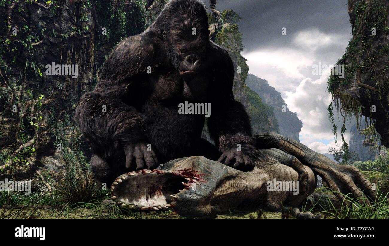 King Kong Dinosaur King Kong 2005 Stock Photo Alamy