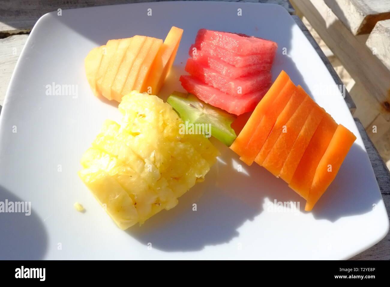 A Fruta Carambola Serve Para Que fruit, mango, pineapple, water melon and cantaloupe served