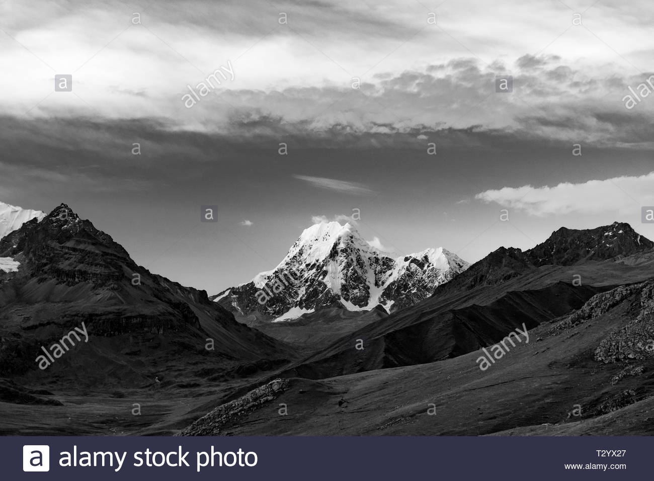 Black and white photo of the Ausangate mountainpeak in the Peruvian Andes near Cusco - Stock Image