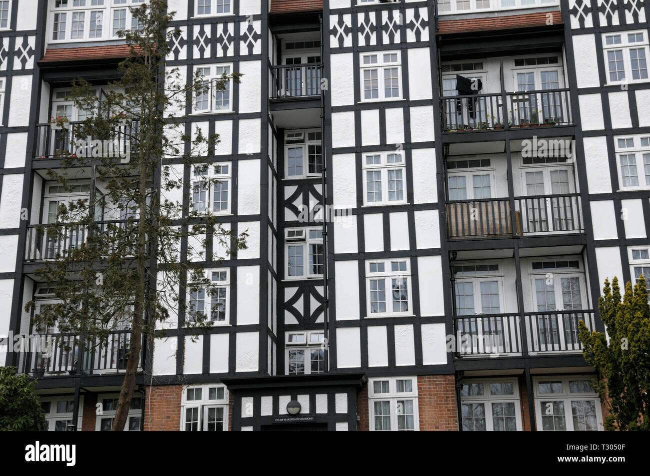 Mock tudor half-timbered houses, Makepeace Mansions, Makepeace Avenue, Holly Lodge Estate, Highgate, London, England, UK - Stock Image