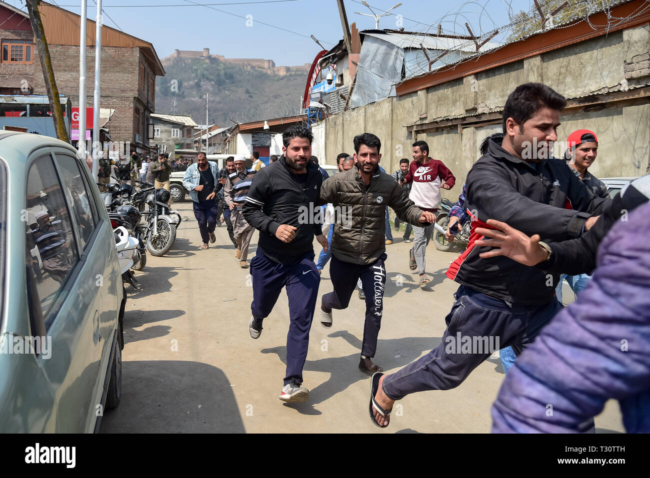 Srinagar, Kashmir  5th April, 2019  Relatives of prison inmates seen