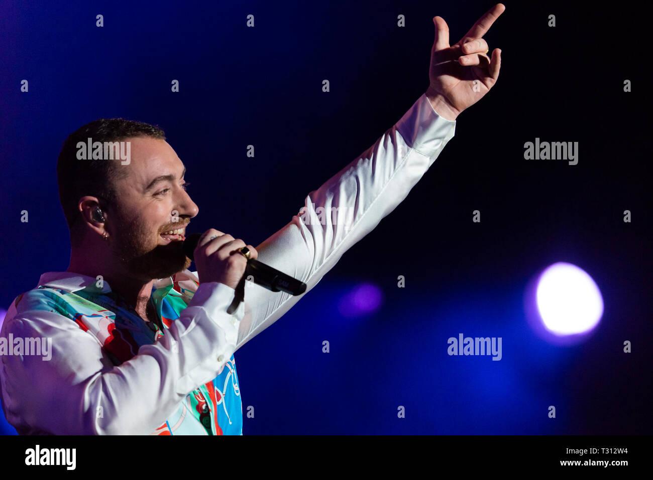 Sao Paulo, Brazil. 05th Apr, 2019.Sam Smith performs at the Lollapalooza 2019 festival, held at the Autodromo de Interlagos in São Paulo, on the night of Friday, 05. (PHOTO: ANDERSON LIRA/BRAZIL PHOTO PRESS) Credit: Brazil Photo Press/Alamy Live News - Stock Image